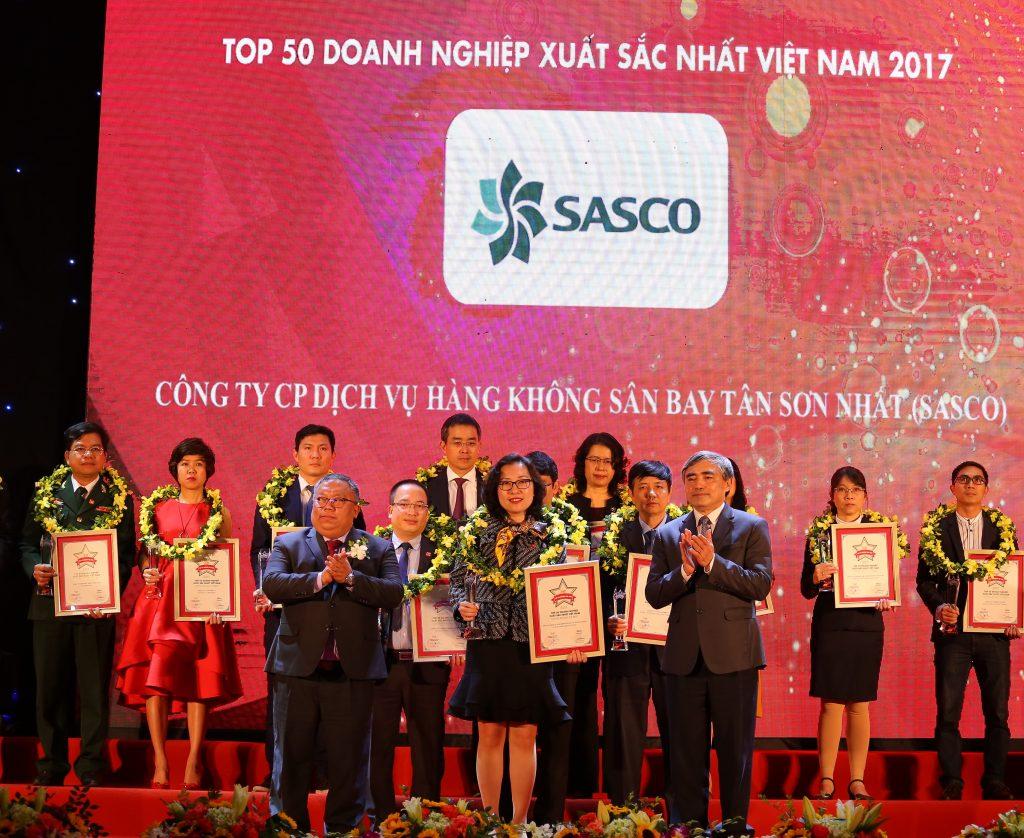 top 50 doanh nghiep xuat sac nhat